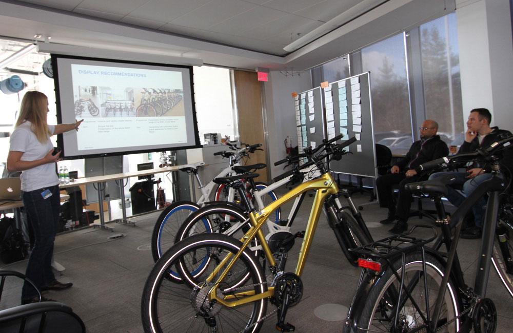 07-bmw-bike-haendler-training-toronto-theorie-obu