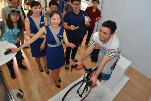 00-fahrradsimulator-korea-bmw-busan-motor-show
