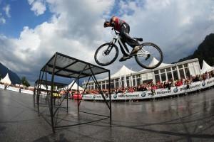 00-bike-trial-fahrrad-show-bmw-obu