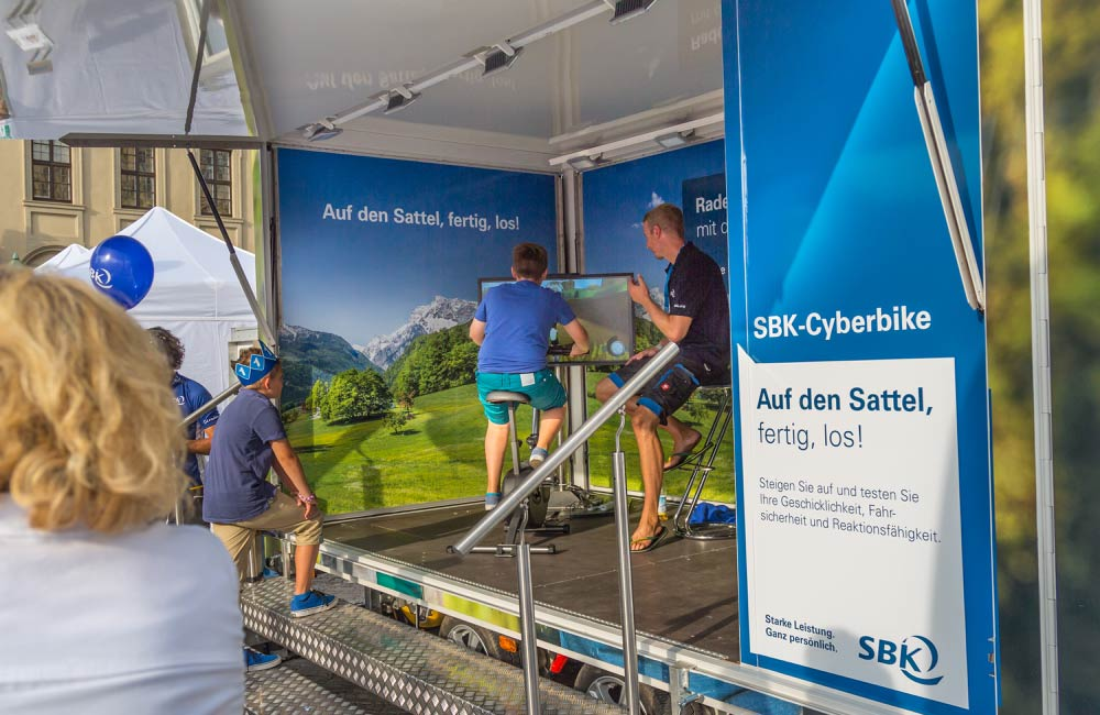 sek-cyberbike-siemens-event-anhaenger