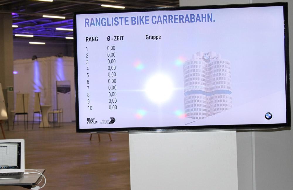 bildschirm-mit-anzeige-der-rangliste-der-bike-carrerabahn