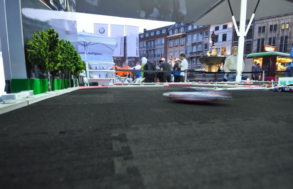 08-BMW-laufsport-carrerabahn-fahrstrecke-obu