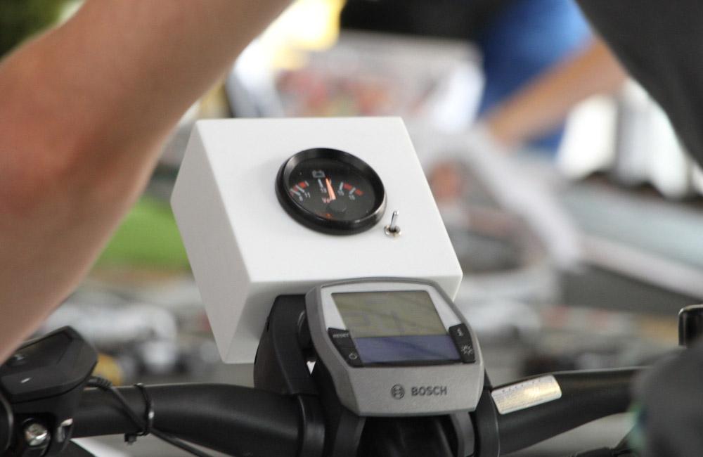 15-bike-carrerabahn-fahrrad-anzeige-volt-fahrradfahrer-obu